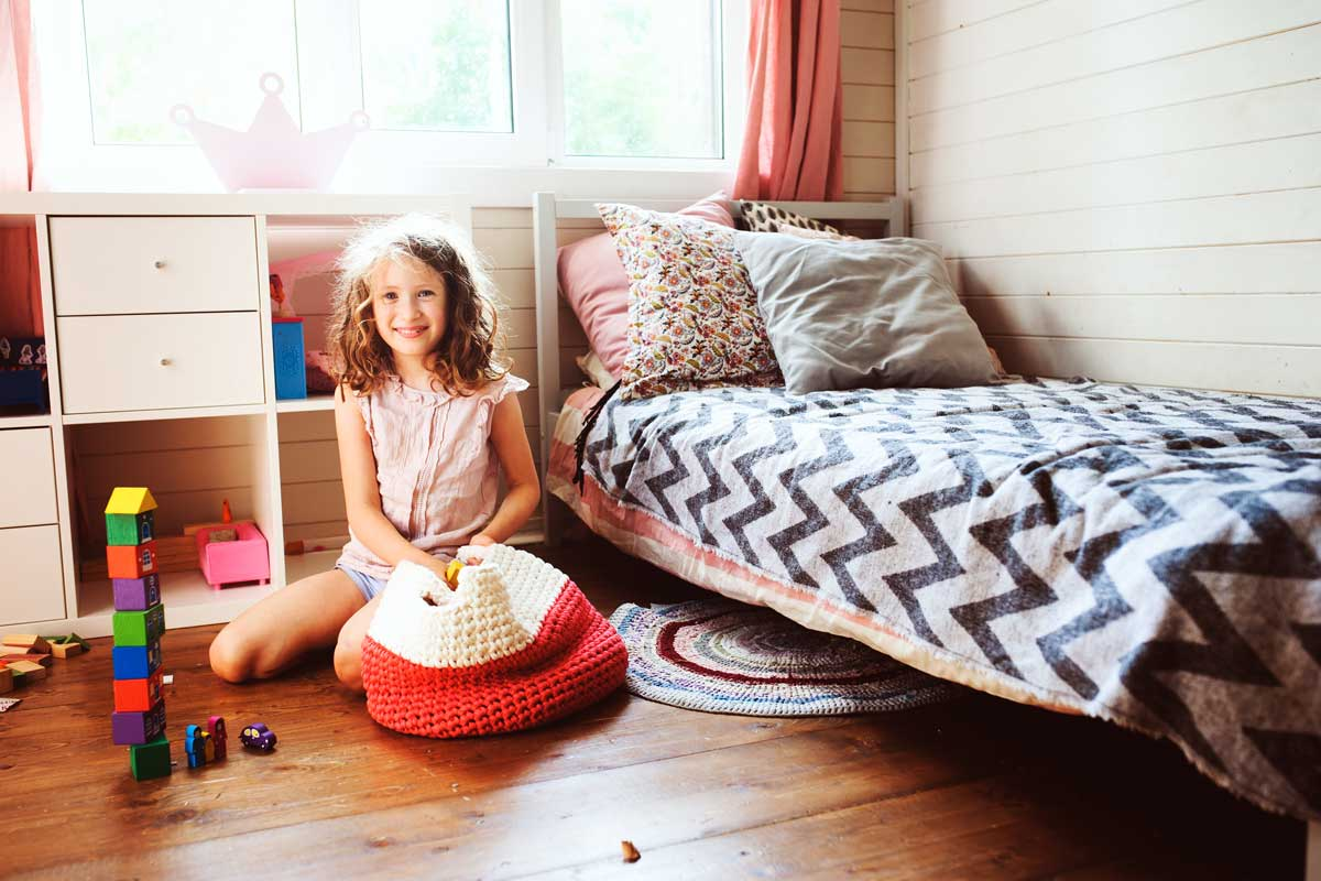 How to Effectively Organize Children's Clutter